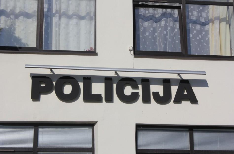 Policijos pareigūnai sulaikė įtariamąjį vagystėmis