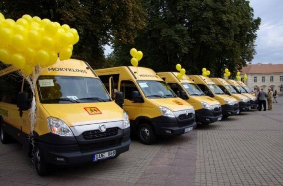 Jonavos rajonui skirti trys geltonieji mokykliniai autobusai – pirmasis bus perduotas šiandien