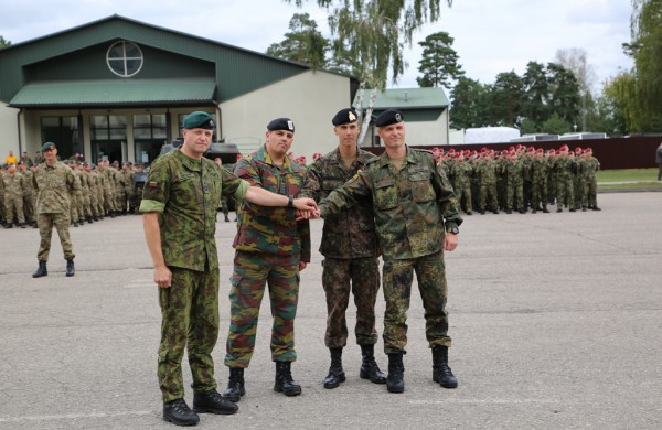 Rukloje – ketvirtosios NATO bataliono Lietuvoje Belgijos ir Liuksemburgo kontingento rotacijos inauguracijos ir pasveikinimo ceremonija