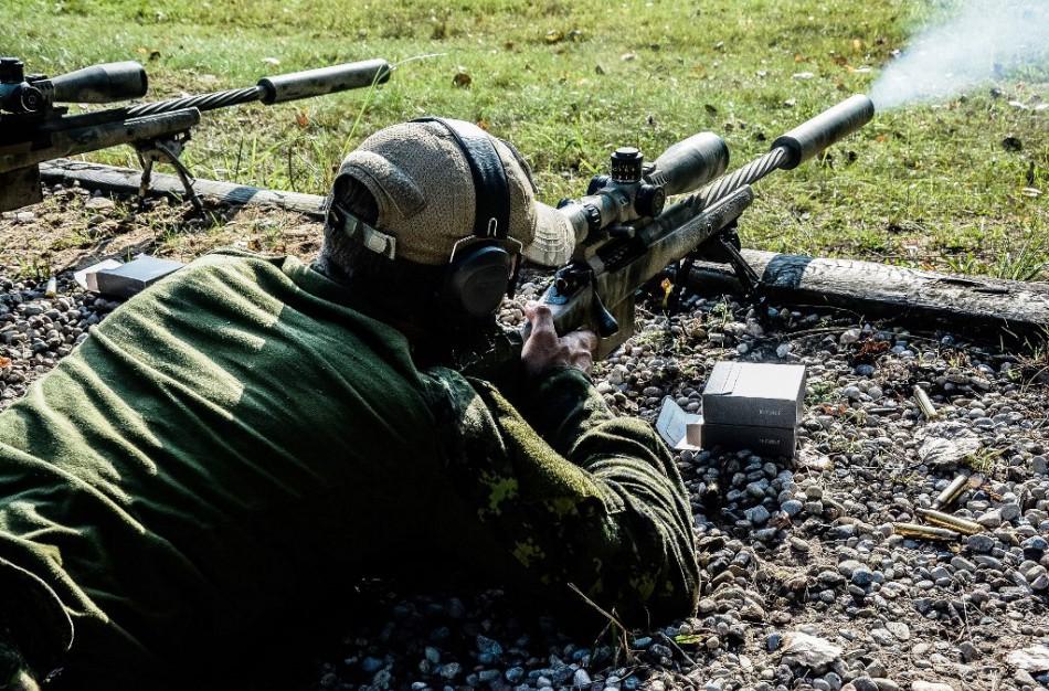 Snaiperiai iš devynių NATO valstybių ir Ukrainos Rukloje varžėsi dėl taikliausiojo titulo