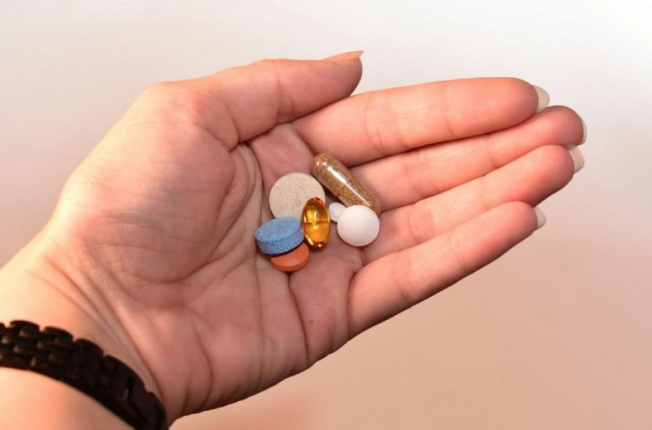 """Vaistinėse per šventes gyventojai be """"angliuko"""" ieškojo kūdikių maisto ir greitosios kontracepcijos"""