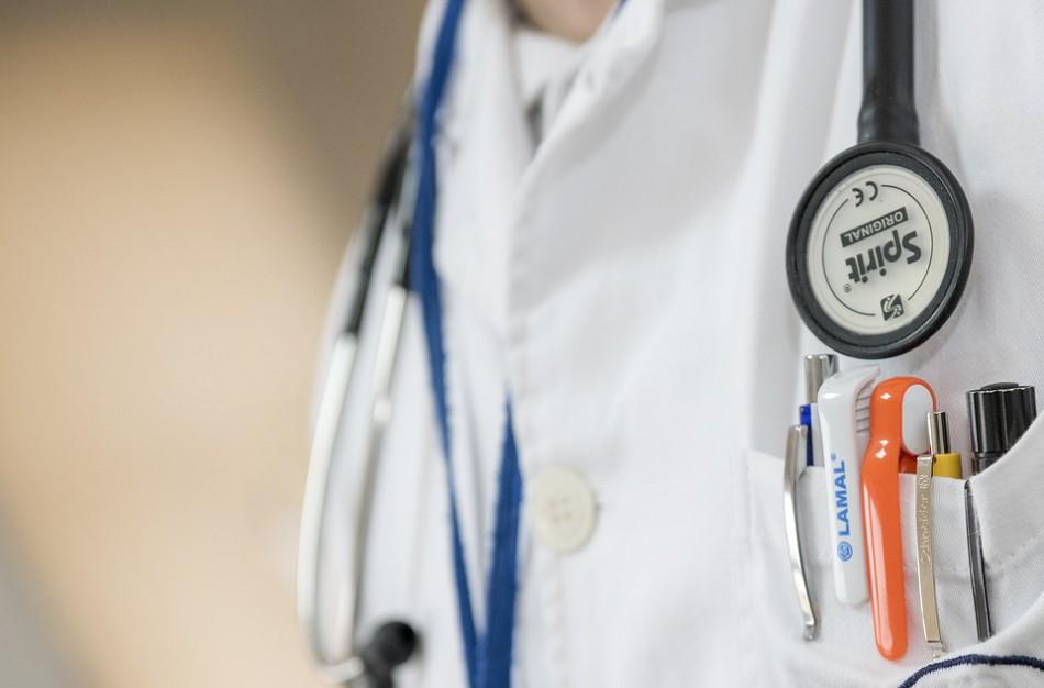 Svarbi žinia besigydantiems namuose: kompensuos naujos medicinos priemonės nuomą