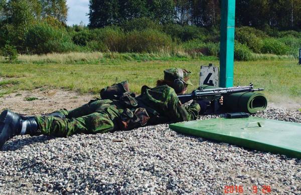 Krašto apsaugos savanorių pajėgose tarnaujančios jonavietės: tikrai gintume savo šalį