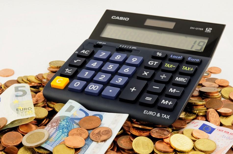 Pajamų deklaravimas: ką pravartu žinoti pardavus nekilnojamą turtą bei automobilį