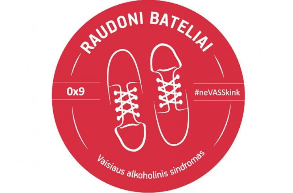 Raudonų batelių diena: dėmesys vaikams, nukentėjusiems nuo nėštumo metu alkoholį vartojusių mamų
