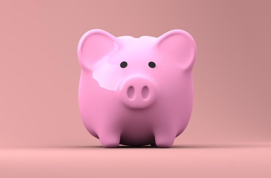 Į pensijų fondus pervedamos gyventojų lėšos per metus išaugo šeštadaliu