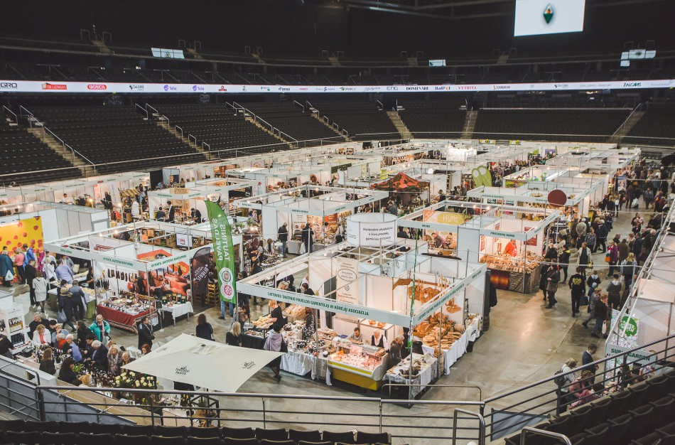 """Paroda """"Rinkis prekę lietuvišką"""": tramplynas gamintojams, atradimų vieta – lankytojams"""