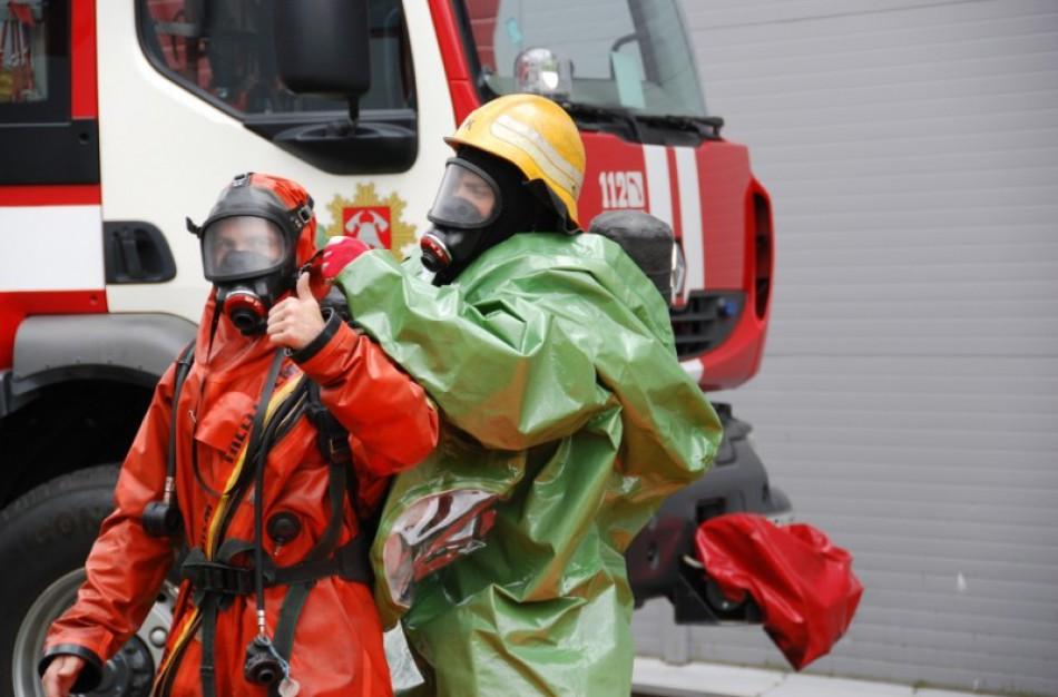 Pasirašyta sutartis dėl dujokaukių ugniagesiams gelbėtojams įsigijimo