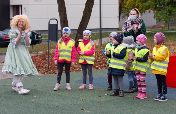 Jonavoje atidaryta dar viena vaikų žaidimų aikštelė