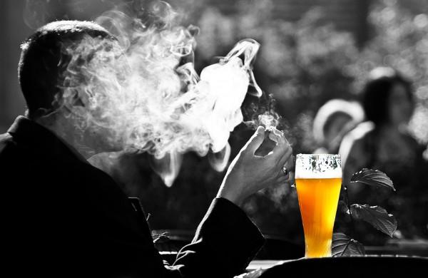 Nuo sekmadienio įsigalios nauji Alkoholio kontrolės įstatymo pakeitimai, laukia pokyčiai ir tabako bei el. cigarečių priežiūros srityje