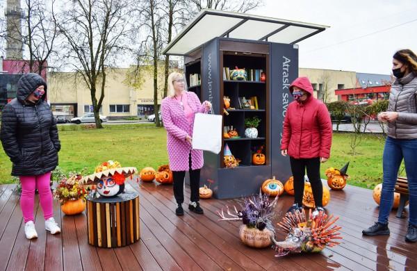 """Jonavoje akcija-konkursas """"Moliūgų terasa"""" sulaukė rekordinio dalyvių skaičiaus"""