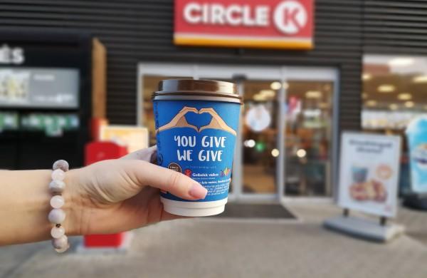 """Baigėsi socialinė akcija """"You give, we give"""": jonaviečiai - tarp aktyviausiai aukojusių"""