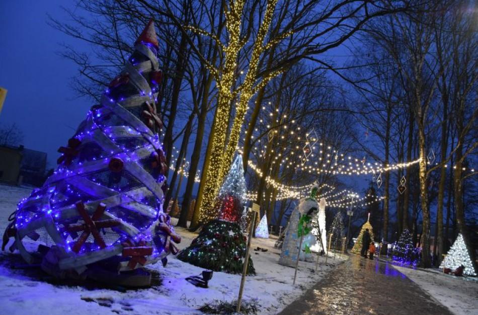 Bus kuriamas Kalėdinių eglučių miestelis