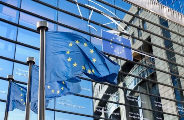 Lietuvą šiandien pasieks pirmoji Europos Sąjungos paskolos dalis - 300 mln. eurų