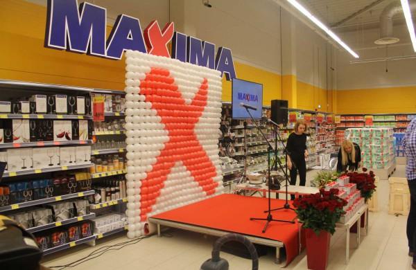 """Koronavirusu užsikrėtė 12 """"Maximos"""" darbuotojų, kasdien daugėja ir pasveikusiųjų"""