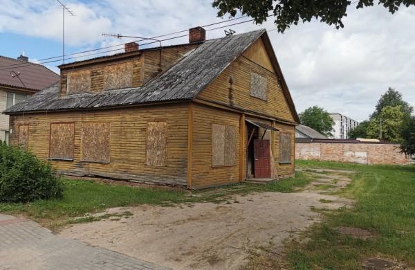 Skelbiamas turtinio komplekso, esančio Panerių g. 7, Jonava, pardavimo pakartotinis aukcionas