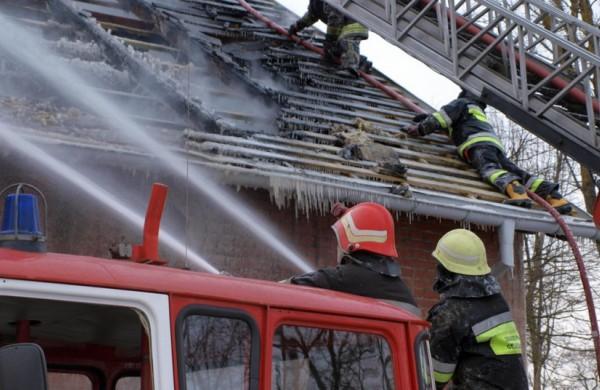 Užgesinus gaisrą bute, rastas apdegęs moters kūnas