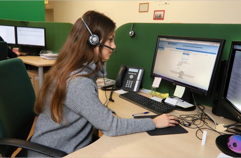 Atsižvelgiant į milžiniškus skambučių srautus, didinamas informaciją teikiančių darbuotojų skaičius