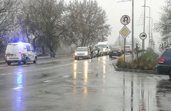 Miestui užsidarius, kai kurie vairuotojai suskubo aiškinti, kad apie ribojimus girdi pirmą kartą