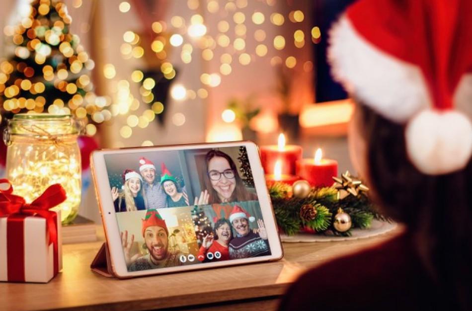 Psichologė apie nuotolines Kalėdas: kaip peržengti ekranus?