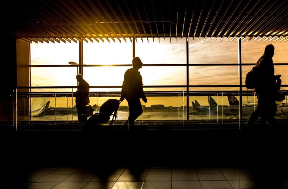 VVTAT primena dėl keleivių teisių atšaukus skrydį