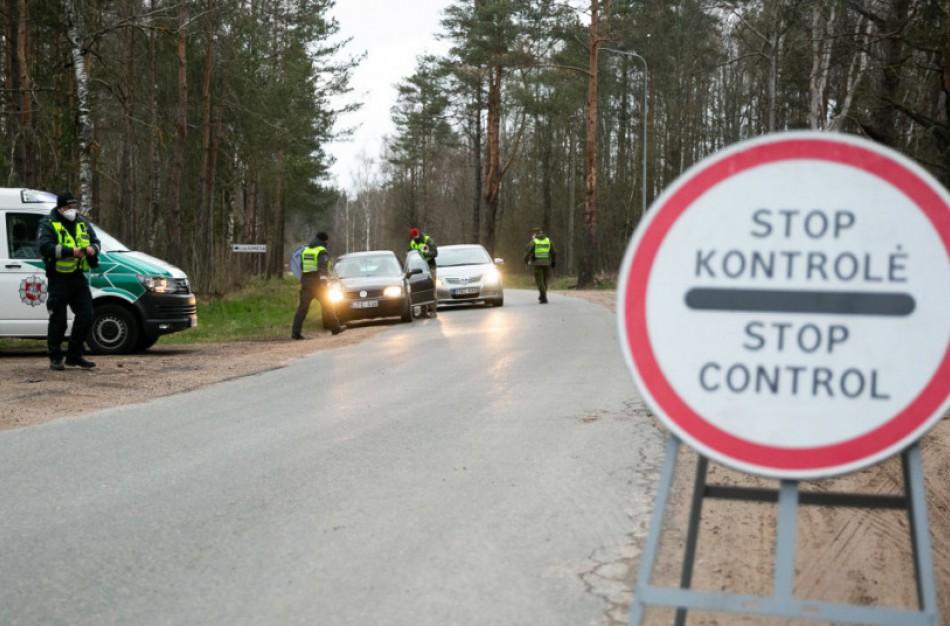 Atnaujinama kontrolė keliuose: galimi judėjimo ribojimo ir karantino pokyčiai