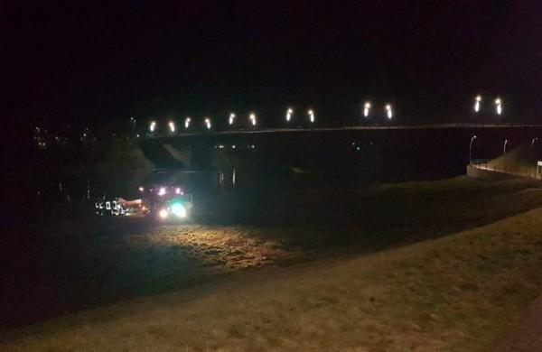 Prie Jonavos tilto - gelbėjimo tarnybų sujudimas: pranešta apie galimai nušokti ketinantį žmogų