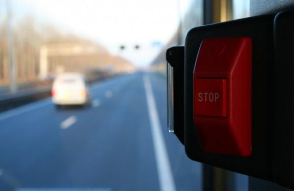 Vyriausybė priėmė sprendimą stabdyti vairuotojų praktinį mokymą