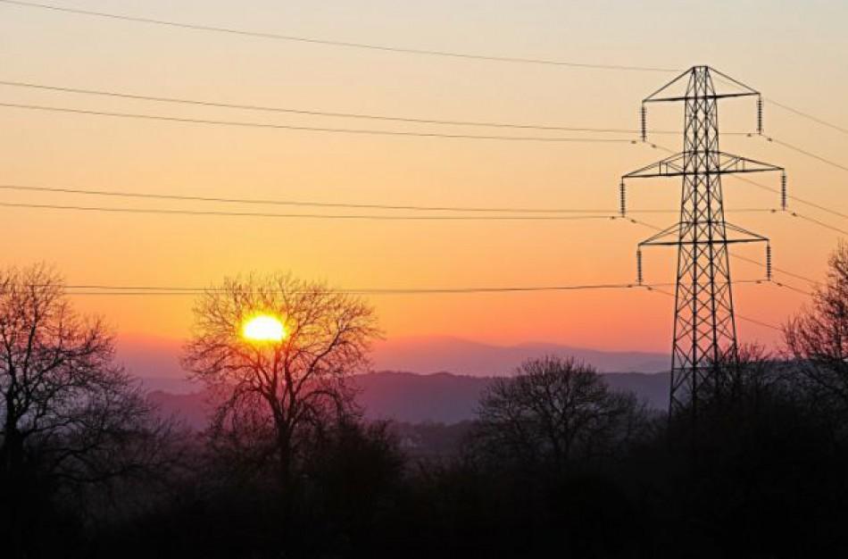ESO ekspertai paaiškina kas laukia gyventojų, kurie laiku nepasirinko nepriklausomo elektros tiekėjo