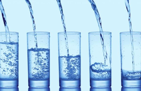 Pradėtas tyrimas, ar vandens, neva apsaugančio nuo COVID-19, gamintojai nepažeidė įstatymų