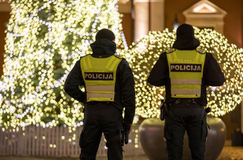 Policijos pareigūnams pranešta apie jonaviečius, nesilaikančius saviizoliacijos taisyklių