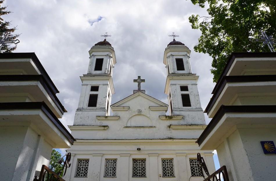 Lietuvos vyskupai pakeitė nuomonę – viešos pamaldos nebus atnaujintos