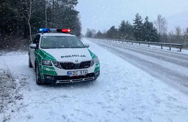 Policija kreipiasi į gyventojus: žiemos pramogomis mėgaukitės atsakingai