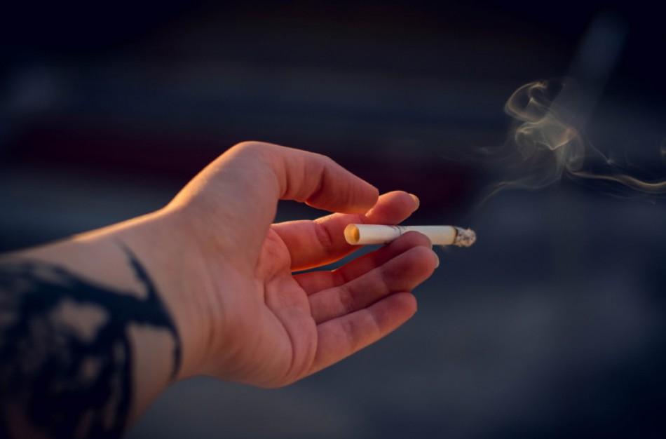 """Jonavoje gausėja daugiabučių, tapsiančių """"nerūkymo zonomis"""""""