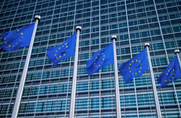 Nuo Covid-19 nukentėjusios įmonės gali pretenduoti į didesnės vertės valstybės pagalbą