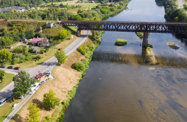 Tilto remonto metu bus ribojamas eismas Panerių gatve