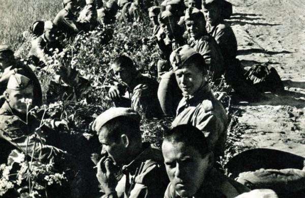 Jonavos pedagogės sveikinimas su armijos diena sukėlė pasipiktinimo bangą: ką iš tiesų žymi vasario 23-ioji?