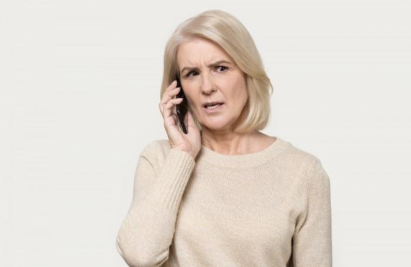 Dėmesio: nepatekite į telefoninių sukčių pinkles