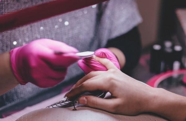 NVSC primena apie reikalavimus grožio specialistams