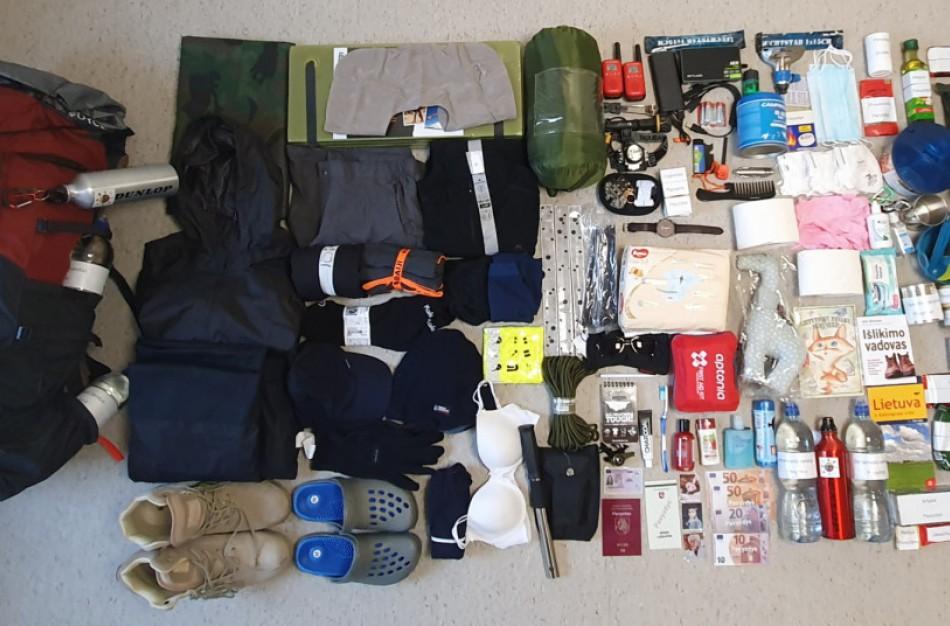 Išvykimo krepšyje turi būti tai, kas padėtų išgyventi ekstremaliosios situacijos metu