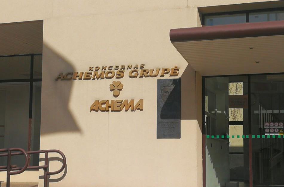 """AB ,,Achema"""" sąvartyne rastas į sprogmenį panašus daiktas"""