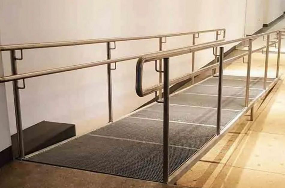 Sugriežtinta neįgaliesiems skirtos infrastruktūros naudojimo priežiūra