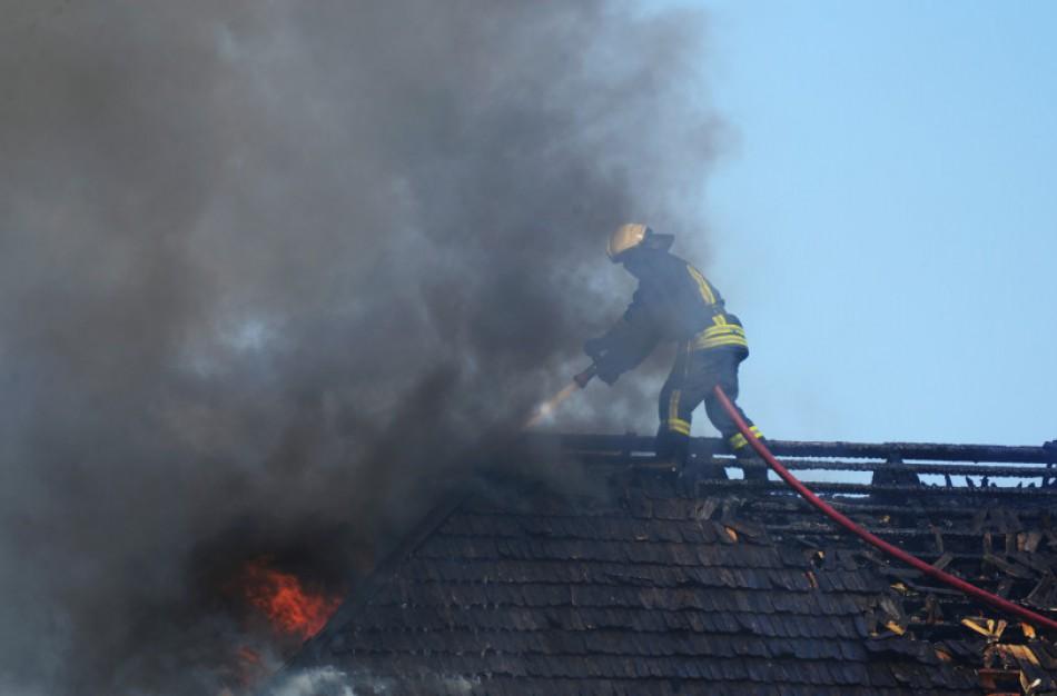 Valstybės kontrolė: budinčių ugniagesių skaičius ir jų aprūpinimas įranga neatitinka minimalių reikalavimų