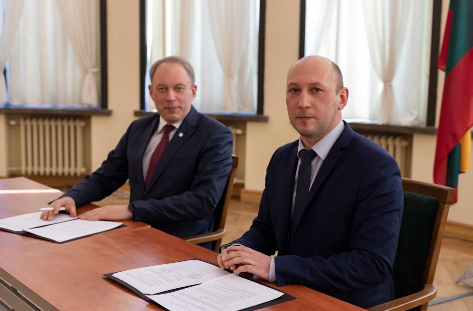 Istorinis bendradarbiavimas: Lietuvos karinė žvalgyba pradeda bendradarbiauti su KTU mokslininkais