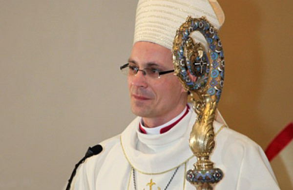 """Vyskupas A. Poniškaitis apie donorystę: """"Nuostabu, kad iš mirties gali kilti sveikata ir gyvenimas"""""""
