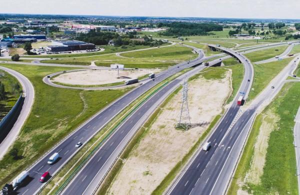 """Kelių direkcijos ir """"Litgrid"""" bendradarbiavimas prisidės prie sklandesnio sinchronizacijos projektų įgyvendinimo"""