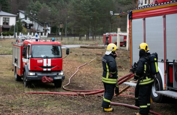 """E. Sabutis: """"Lietuvos gaisrininkai laukia paramos ir konkrečių sprendimų, tačiau eilinį sykį sulauks tik savo veiklos analizės"""""""