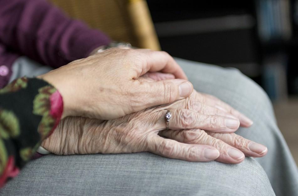 Socialinės paslaugos senjorams ir jų šeimoms: kas priklauso ir kur kreiptis