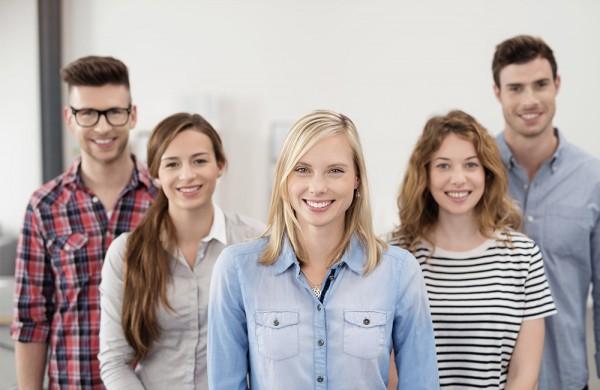 Užimtumo tarnyba: mažėja nedirbančio jaunimo