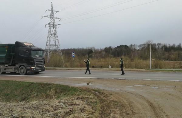Gausios kelių policijos pajėgos Jonavoje: kokios priemonės vykdomos